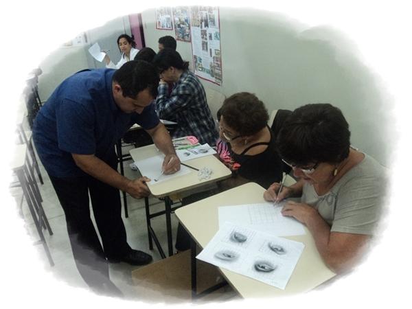 Curso de Desenho Realista - Carlos Damasceno dando aula de Desenhos Realistas no SESC